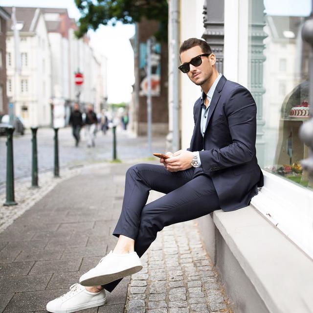 职场混搭术,穿出轻松又时髦的格调!